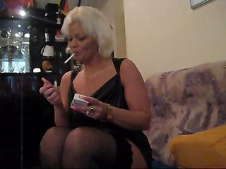 Gina White Smokingfetisch With Dildo